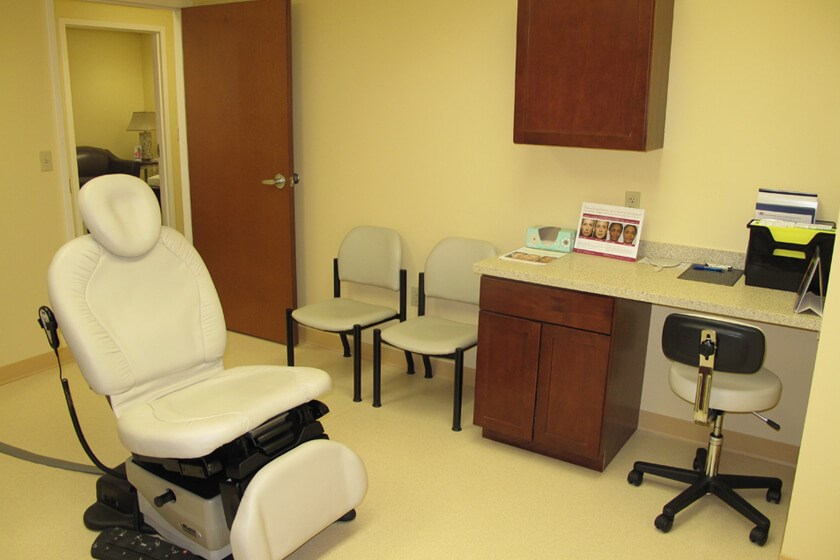 Consult and Procedure Room